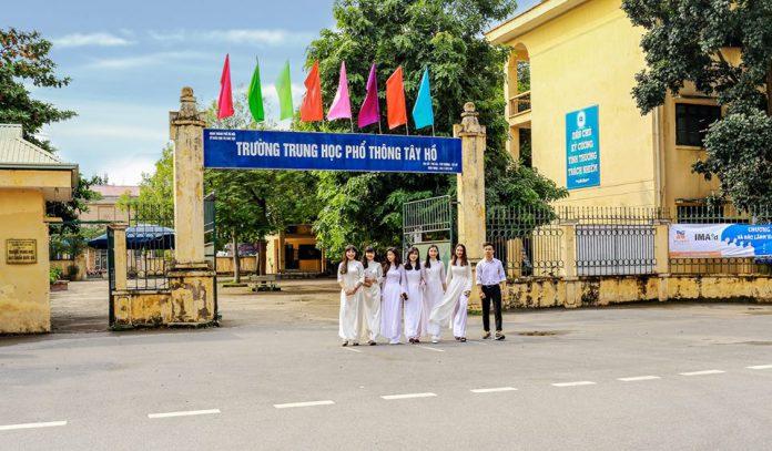 Tây Hồ - Trường THPT công lập quận Tây Hồ, Hà Nội (Ảnh: FB nhà trường)