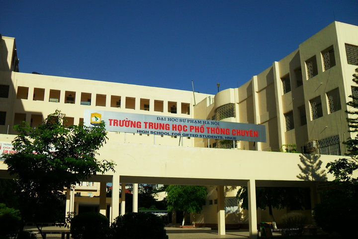Trường THPT Chuyên Sư phạm – ĐH Sư phạm Hà Nội