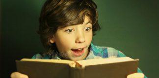 Đọc sách hè này: danh mục sách tiếng Việt hay cho trẻ 11-12 tuổi (Ảnh: Dreamstime.com)