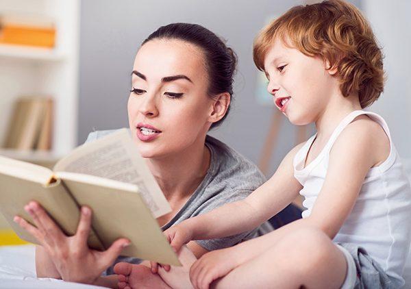 8 lý do phổ biến cha mẹ không đọc sách cho con và cách khắc phục