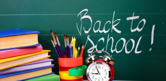 Gợi ý sách tiếng Anh hay cho trẻ khi vào năm học mới (Ảnh: save.ca)