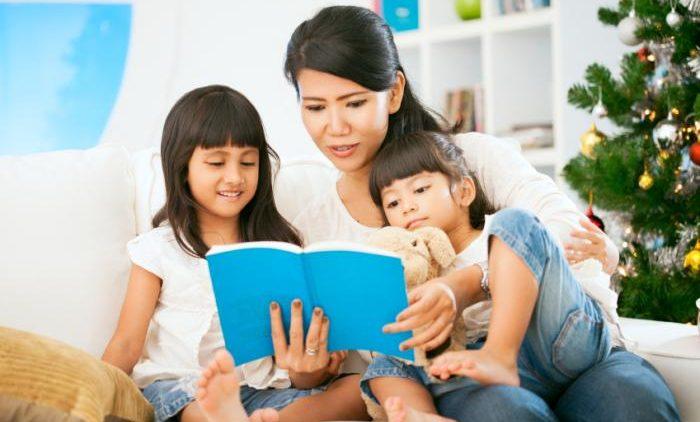 Cách chọn sách để đọc cho trẻ từ sơ sinh tới lớp 3