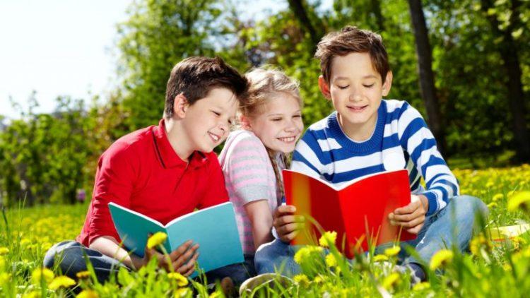 Cách chọn sách giúp trẻ mở rộng kiến thức nền