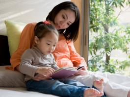 10 cách đã được chứng minh giúp trẻ đọc nhiều sách hơn (Ảnh: )
