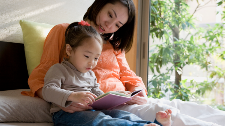10 cách đã được chứng minh giúp trẻ đọc nhiều sách hơn
