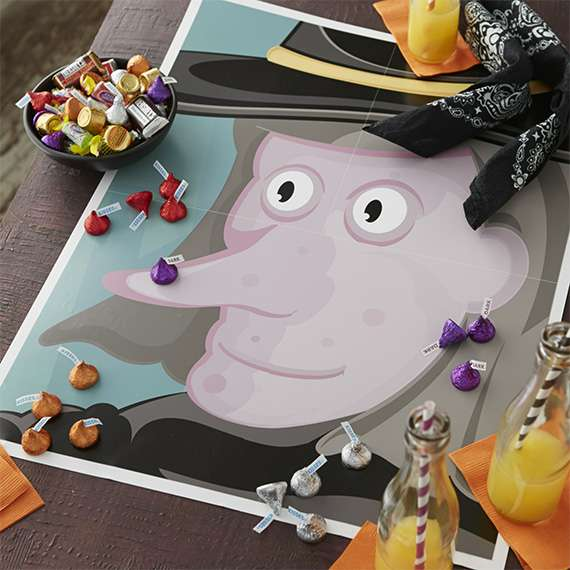 Gợi ý 4 trò chơi Halloween cho nhóm trẻ (Ảnh: Hershey's)