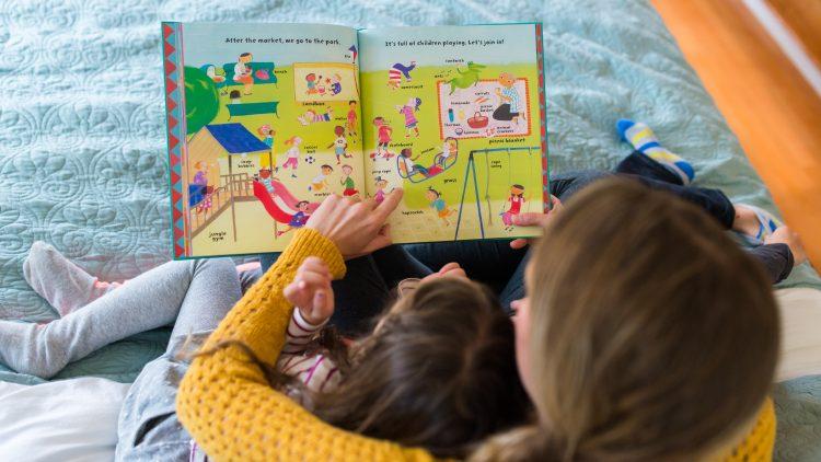 5 yếu tố cần xem xét khi chọn sách phi hư cấu cho trẻ nhỏ