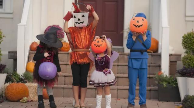 Tổng hợp trang web để tải miễn phí trò chơi, hoạt động Halloween (Ảnh: Kinzie+Riehm/Image Source/Getty Images via ThoughtCo)