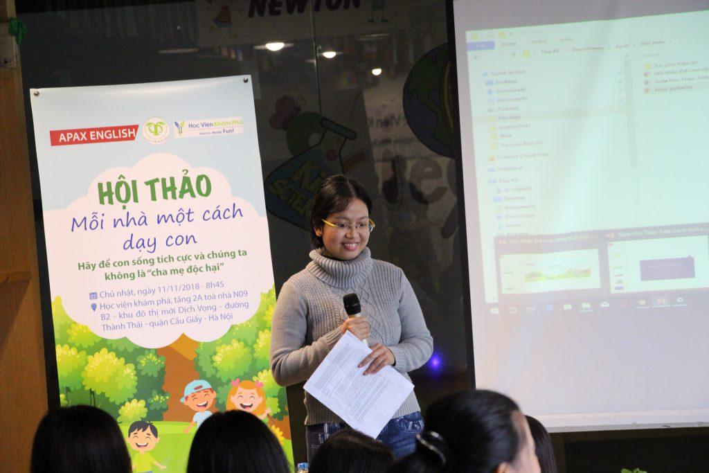 Nguyễn Thị Thanh Hằng bắt đầu phần chia sẻ về các mẫu Cha mẹ độc hại