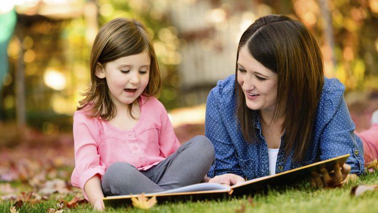 Đọc sách giúp nói với con về chủ đề khó như thế nào?