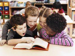 Áp dụng 3 cách này, trẻ nhất định sẽ yêu đọc sách (Ảnh: MomResource.ca)