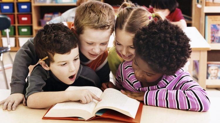 Áp dụng 3 cách này, trẻ nhất định sẽ yêu đọc sách