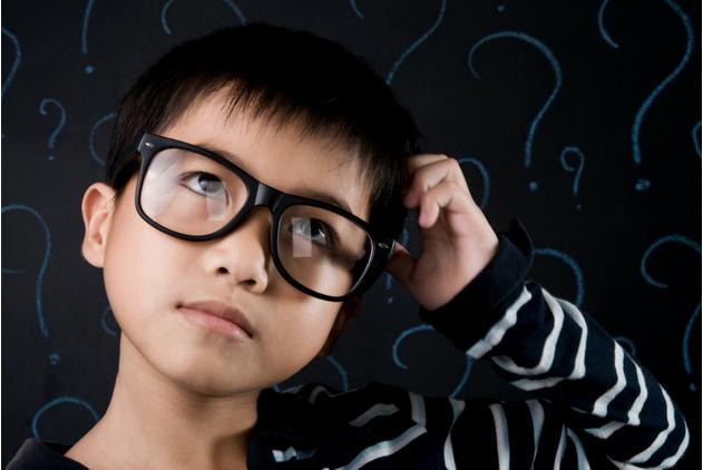 62 câu hỏi khơi gợi tư duy phản biện khi đọc