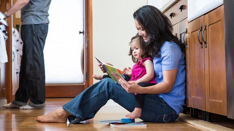 Đặt sách ở những vị trí này, trẻ sẽ mê đọc sách hơn