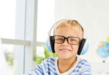10 Podcast dành cho trẻ (Ảnh: Brit + Co)
