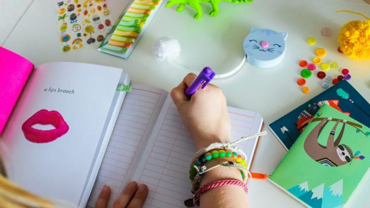 10 cuốn nhật ký truyền cảm hứng cho trẻ viết mỗi ngày