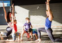 7 video dạy yoga cho trẻ trên YouTube (Ảnh: Yoga Journal)