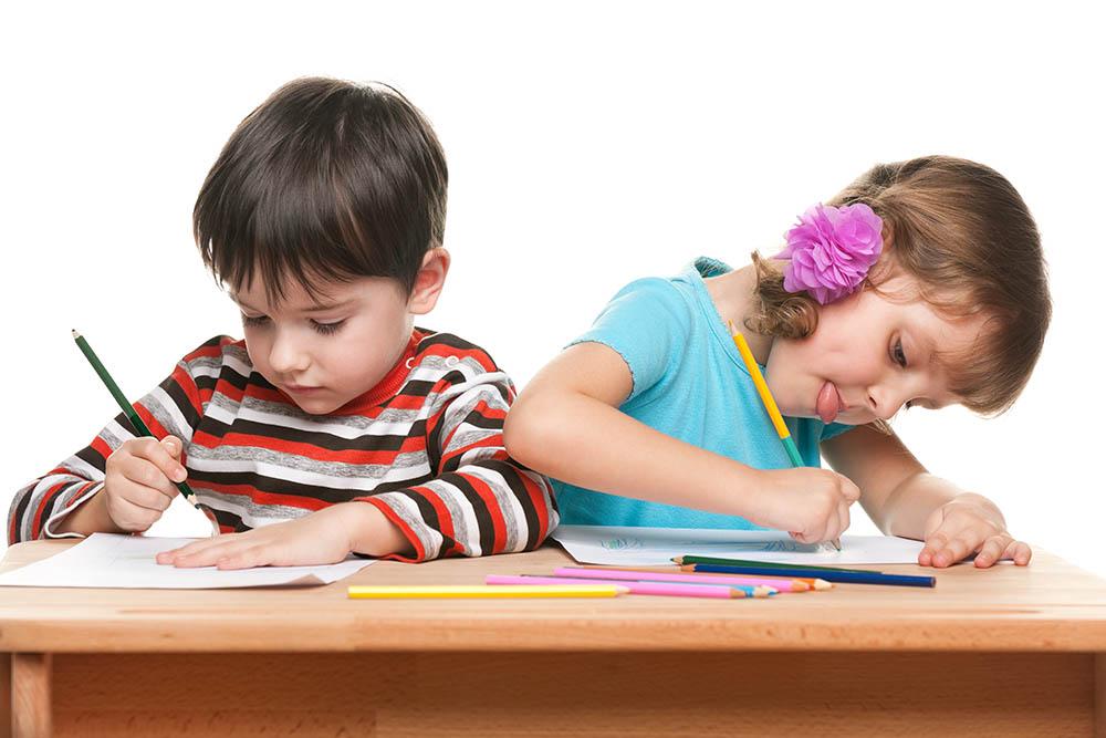 Mẹ Ấn chia sẻ quan điểm về chữ viết, cách dạy con tập viết