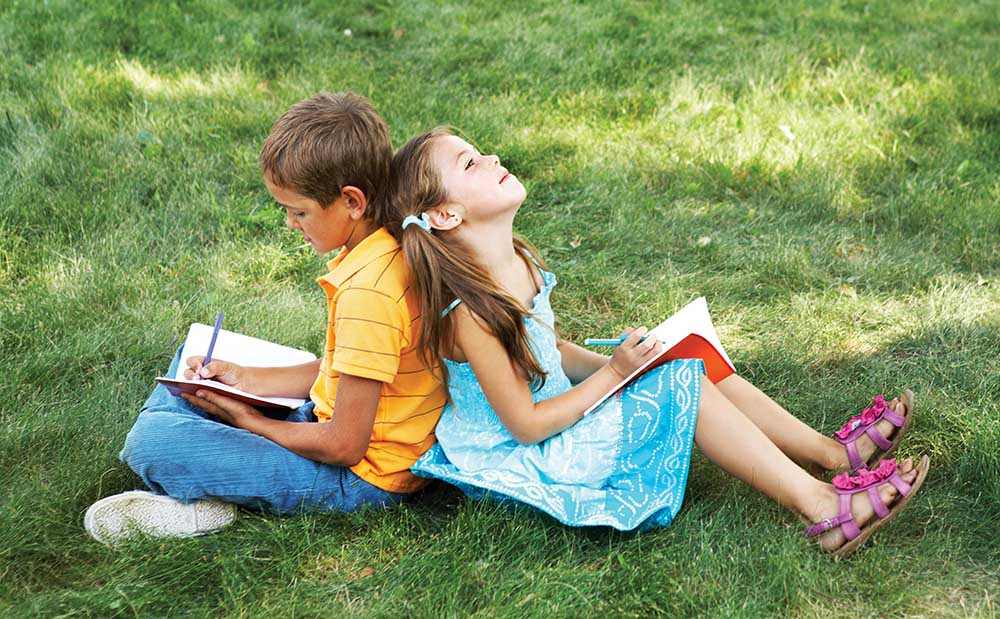 5 hoạt động hè giúp trẻ chơi không quên học