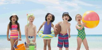 Gợi ý những hoạt động, trò chơi bãi biển mùa hè (Ảnh: Verywell Family)