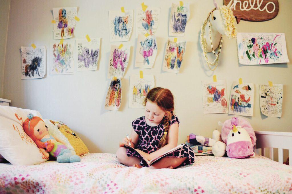 Viết nhật ký mang lại lợi ích gì cho trẻ? (Ảnh: Seattle's Child)