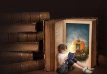 Bỏ ngữ pháp đi, thay vào đó, hãy dạy trẻ kể chuyện (Ảnh: Pearson English)