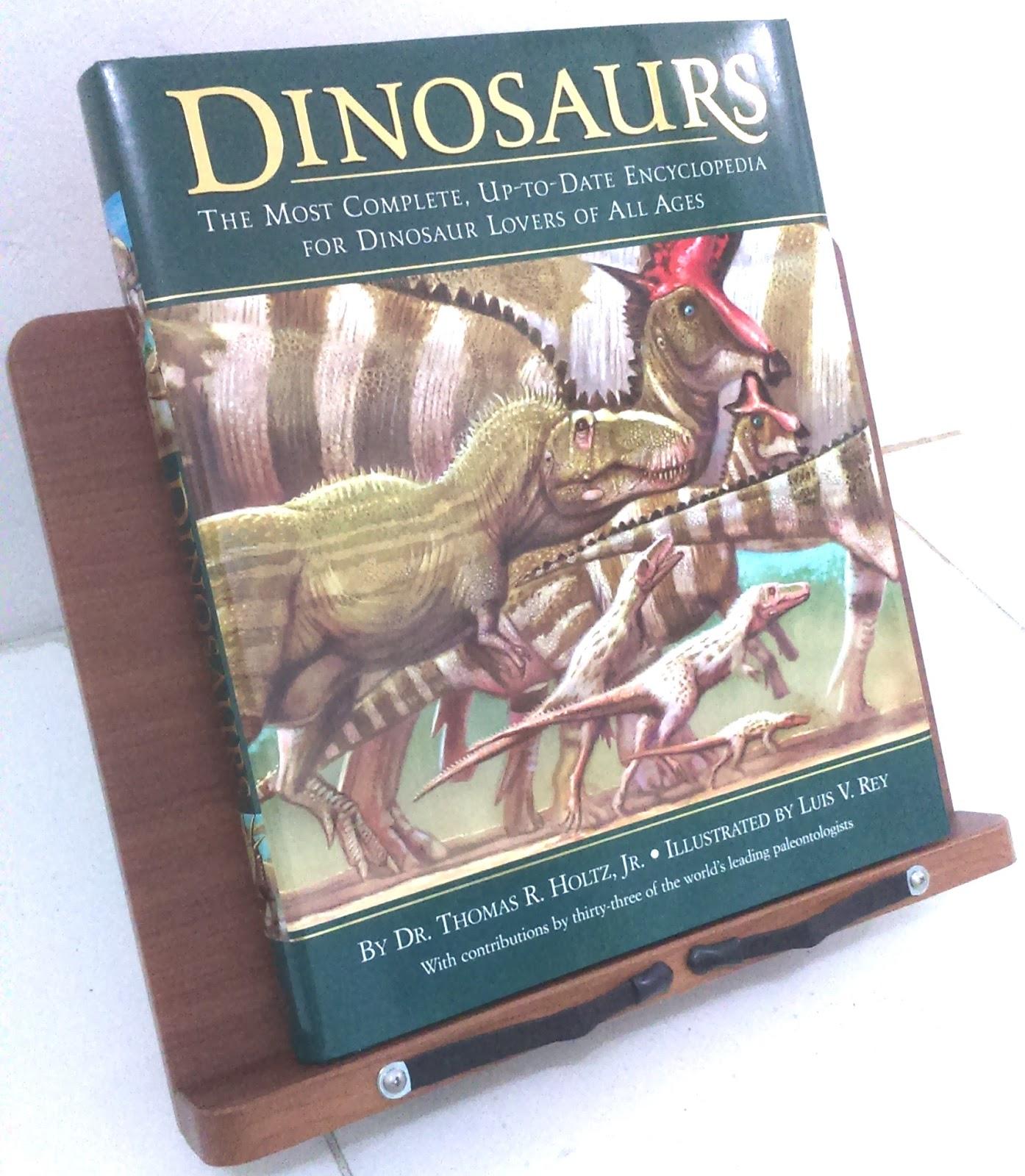 Những cuốn sách về khủng long khiến trẻ em mê tít (Ảnh: Klinsman Hinjaya's Blog)