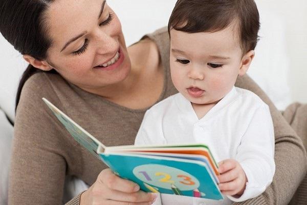 25 hoạt động giúp bé 0-11 tuổi đọc sách thật vui (P1) (Ảnh: chametainang.net)