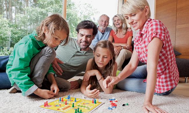 Hygge là gì? Nó giúp gắn kết gia đình bạn ra sao? (Ảnh: 933 FM The Fish)