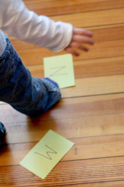Những thử thách vượt chướng ngại vật khiến trẻ mê mẩn (Ảnh: handsonaswegrow)