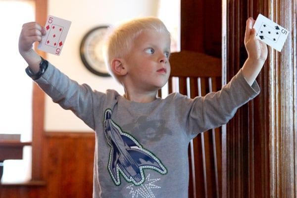 Những thử thách vượt chướng ngại vật cho trẻ – P2 (Ảnh: handsonaswegrow)