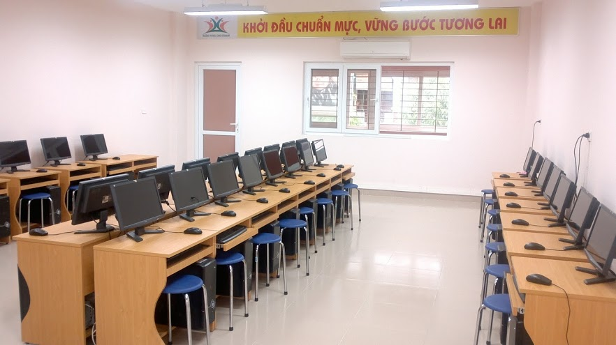 Phòng học tin học trường tiểu học Thăng Long Kidsmart