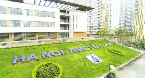 Trường THPT chuyên Hà Nội - Amsterdam (Ảnh: Kinh tế Đô thị)