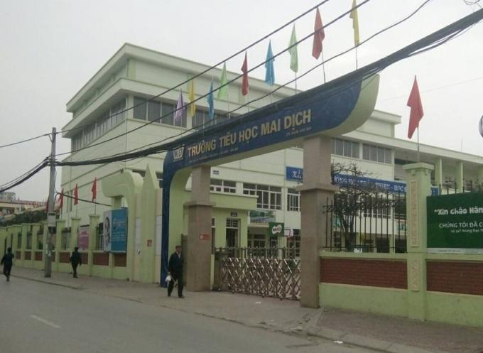 Trường Tiểu học Mai Dịch, Cầu Giấy (Ảnh: Pháp luật & Đời sống)