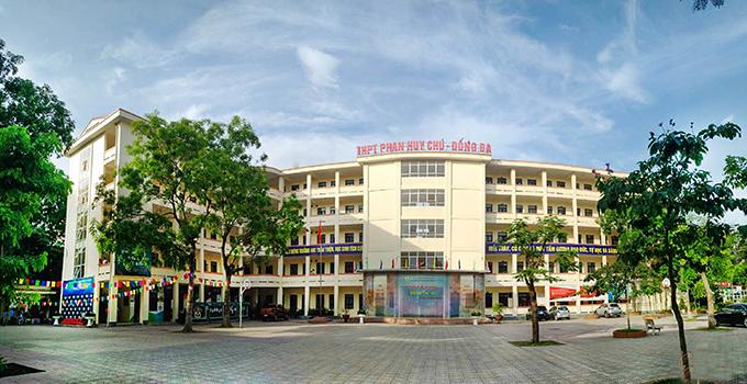 Phan Huy Chú - trường THPT công lập quận Đống Đa (tự chủ về tài chính - Ảnh: website nhà trường)