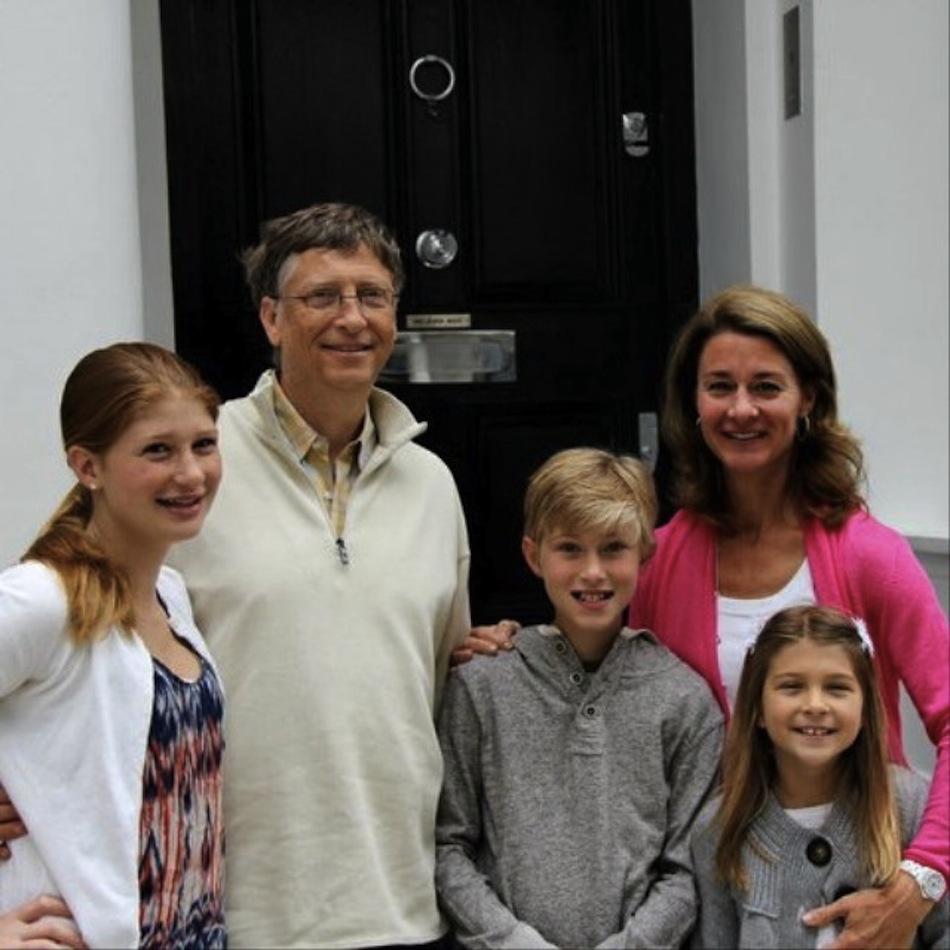 Bill Gates dạy con về cách sử dụng đồ công nghệ và độc lập tài chính.