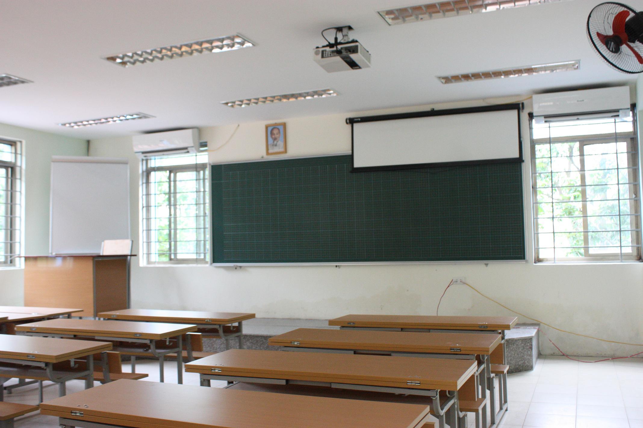 Hệ thống giáo dục Lômônôxốp