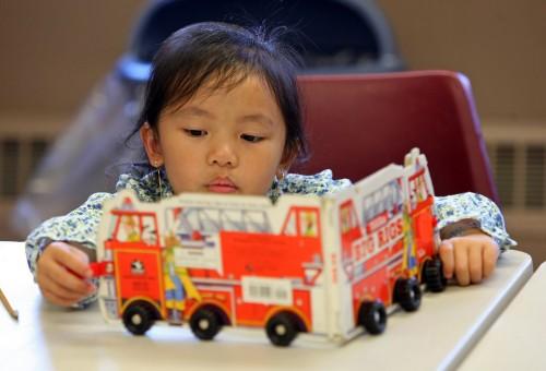 10 cách đã được chứng minh giúp trẻ đọc nhiều sách hơn (Ảnh: KooBits)