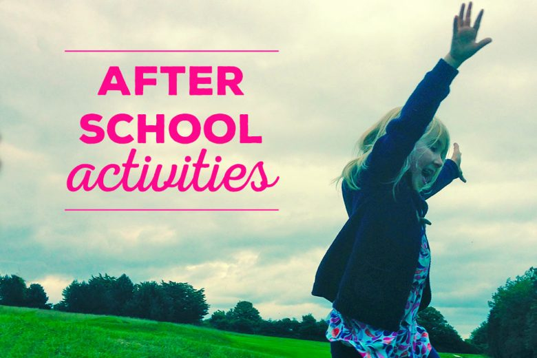 Các hoạt động ngoại khoá nên được quan tâm khi cha mẹ chọn trường cho con bởi chúng giúp trẻ năng động, sôi nổi, tăng cường kỹ năng giao tiếp xã hội, làm việc nhóm...