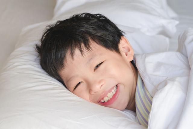 15 cách giúp tăng cường khả năng tập trung cho bé trai (Ảnh: Young Parents)