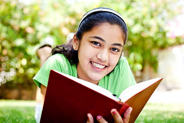 Đọc sách hè này: Sách tiếng Việt hay cho trẻ 13-14 tuổi