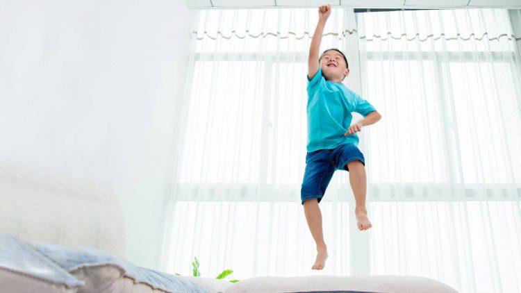 5 cách giúp trẻ hiếu động bình tâm trở lại
