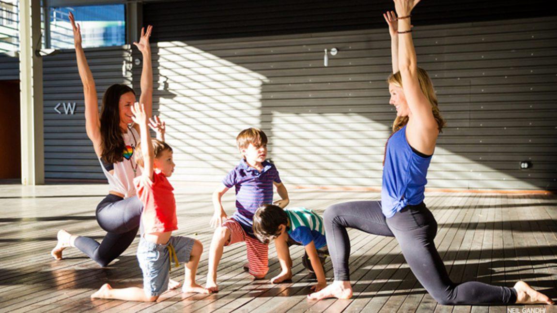 7 video dạy yoga cho trẻ trên YouTube