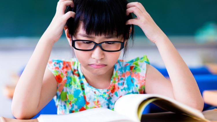 """Bạn sẽ làm gì khi trẻ nói: """"Con ghét đọc sách""""?"""