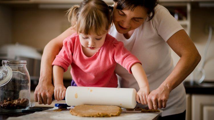 Phòng bếp: Con có thể học được những gì?