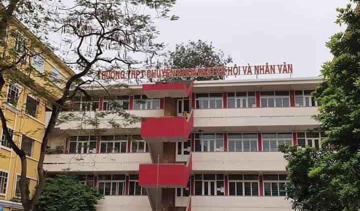 Trường THPT Chuyên Khoa học Xã hội và Nhân văn (HN)