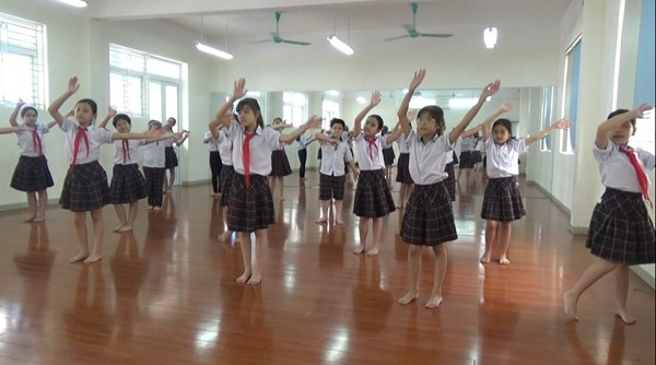 Cơ sở vật chất Tiểu học đô thị Sài Đồng (Ảnh: website, FB nhà trường)
